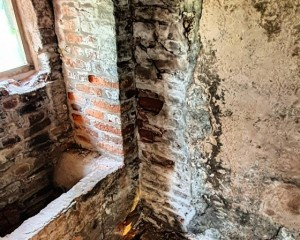 Bread oven hide underneath floorboards .jpg