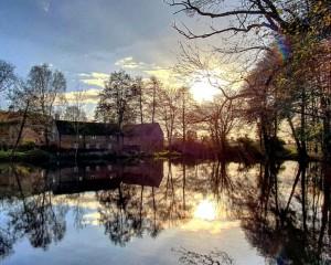 Autumn moat  .jpg